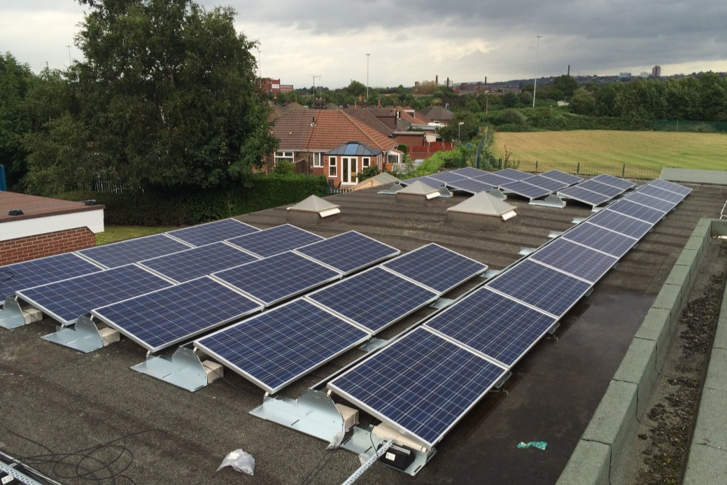 Support community owned energy in Oldham - Share offer now live!